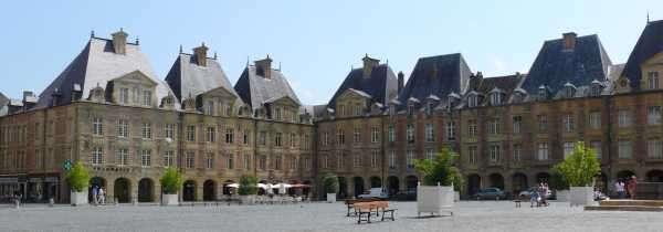 Place ducale, Charleville Mezières, juli 2009